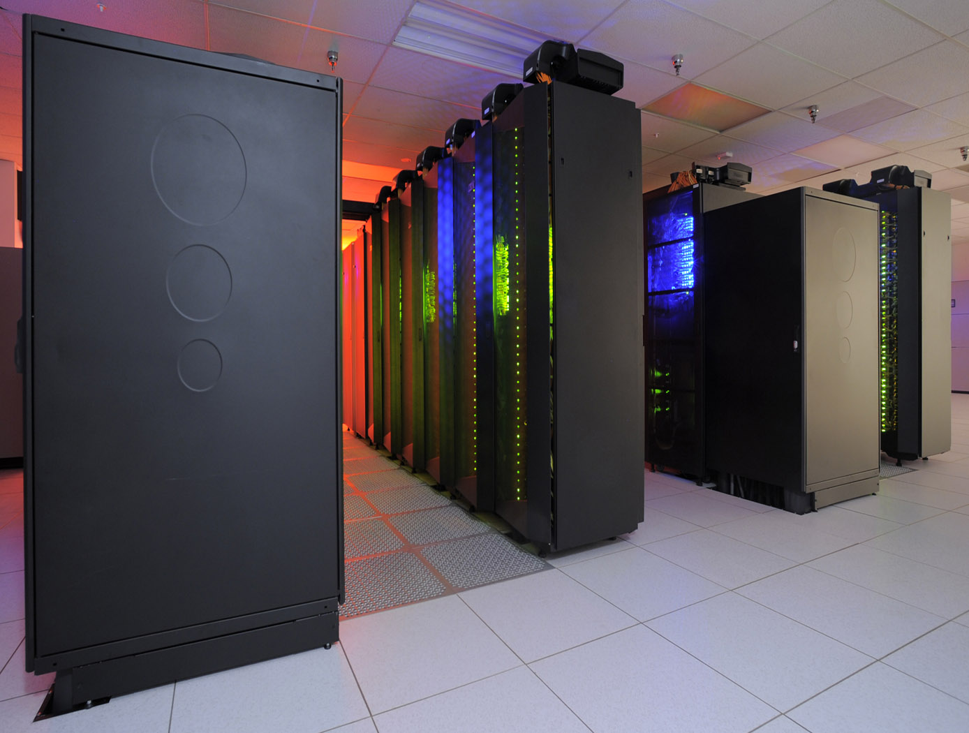 The heart of the NASA Center for Climate Simulation (NCCS) is the Discover supercomputer. In 2009, NCCS added more than 8,000 computer processors to Discover, for a total of nearly 15,000 processors.