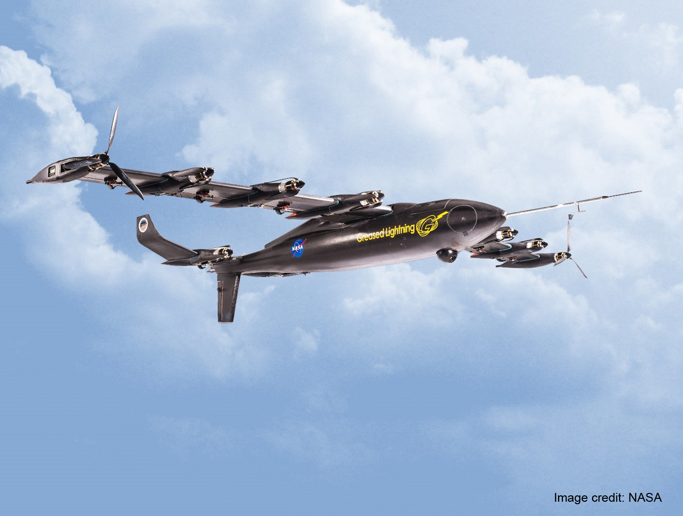 VTOL UAV With the Cruise Efficiency of a Conventional Fixed Wing UAV